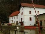 Čechův mlýn a malá vodní elektrárna ve Šlovicích