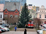 Advent začíná - rozsvícení vánočních stromů